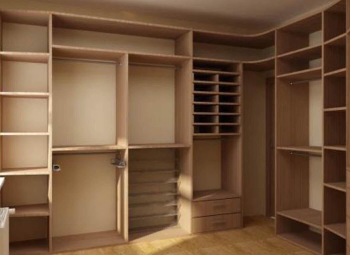 Гардеробная комната.